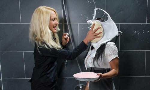Chiara & Sabrina get messy with pies