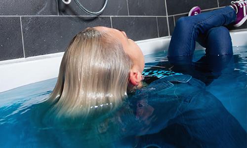 Margots denim bath